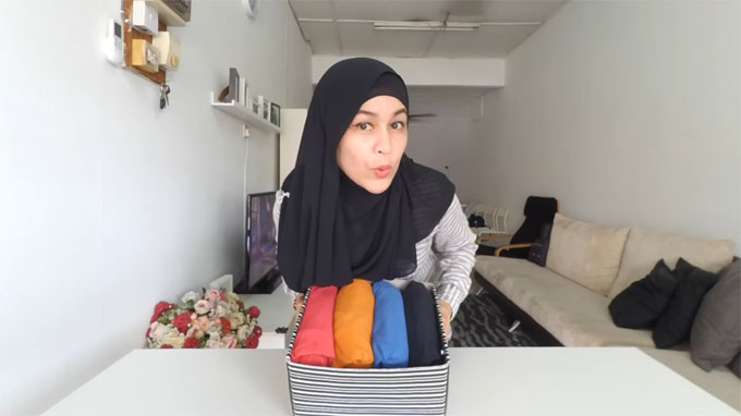 Cara Mudah Melipat Baju Jimatkan Ruang Beg