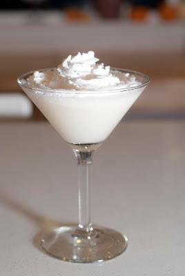 lemon meringue pie photo, lemon meringue pie picture, lemon meringue pie image, cake vodka, vodka, lemon juice, simple syrup, cream