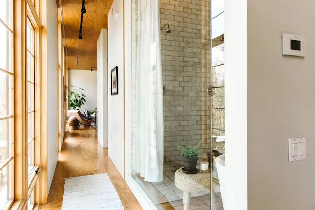 Fertighaus im skandinavisch-japanischen Design mit Bauhaus-Einfluss - helles Wohnen auf einer Etage, ideal fürs Alter