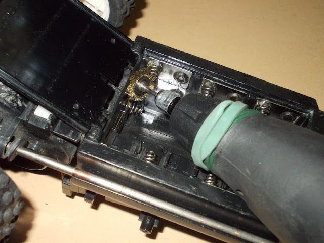cleaning the battery terminals