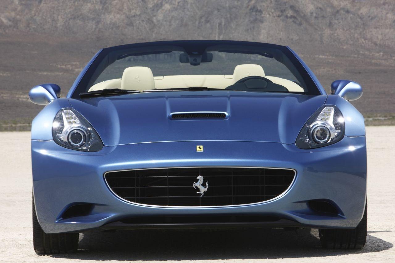 4a67d1403 ويكيموبايل اسعار: سعر مواصفات فيراري كاليفورنيا 2014 2015 Ferrari California