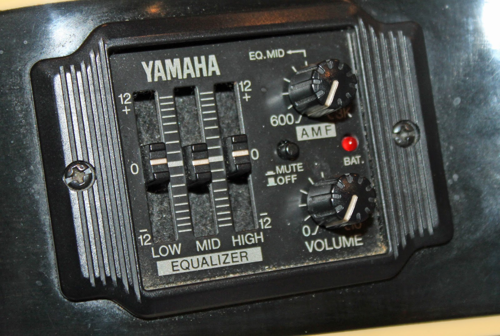 Classic Guitar Experience Yamaha Apx 6a Accustic Electric 3 Band Equalizer Control My Review Of Ace The Is Very Favorable I Like Action Between Neck And Strings Similar To An But Not