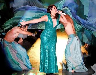 Foto de Yuridia en el escenario