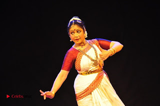 Gudi Sambaralu 2017 Stills  0056.jpg