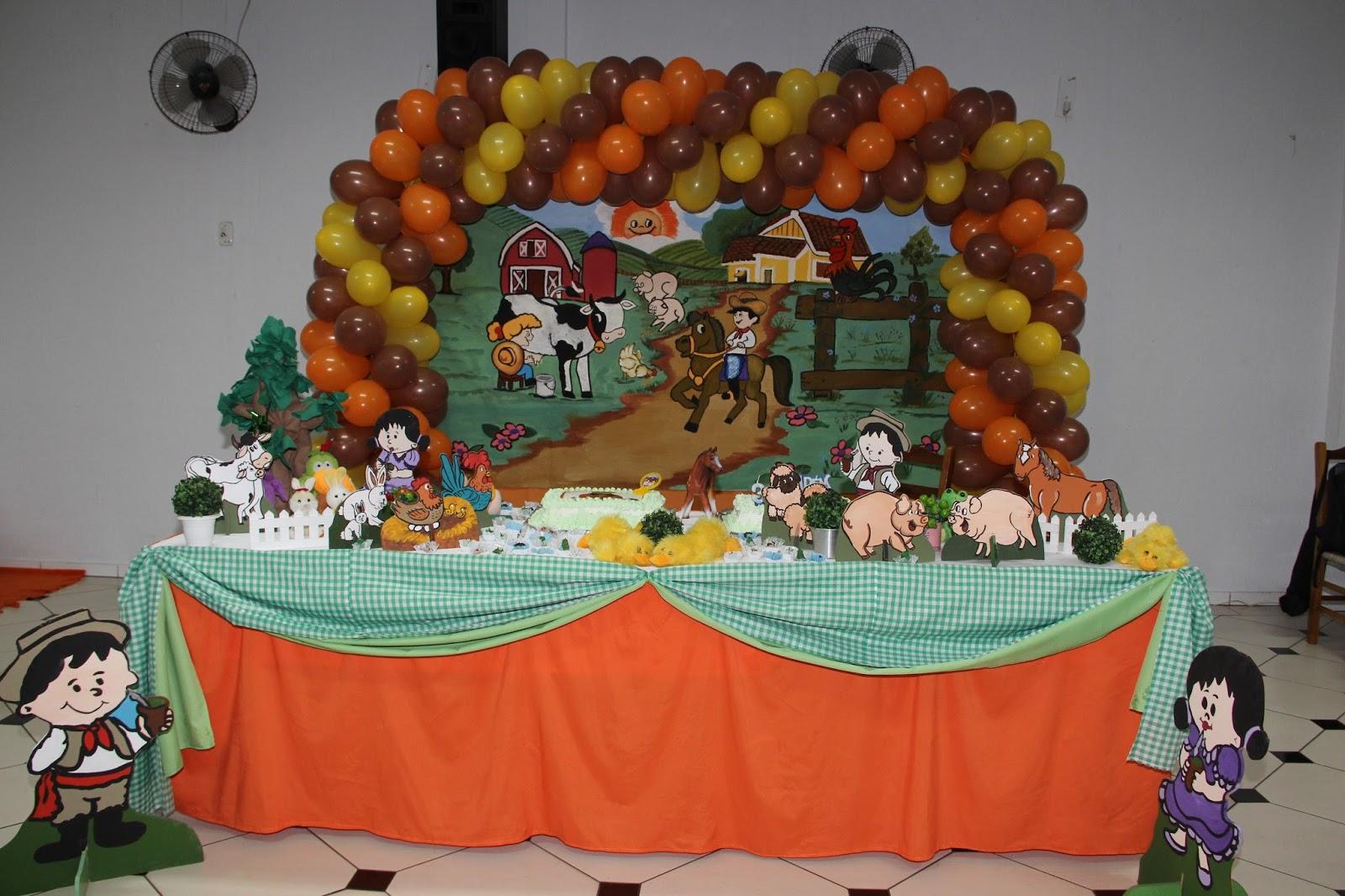 Viviane Decorações e Sal u00e3o de Festas Tema Fazendinha Decoraç u00e3o aniversário 2 anos Sal u00e3o do
