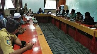 <b>Guru Honorer SMA/SMK/SLB Swasta Ancam Boikot Pelaksanaan Seleksi Guru Kontrak Daerah</b>