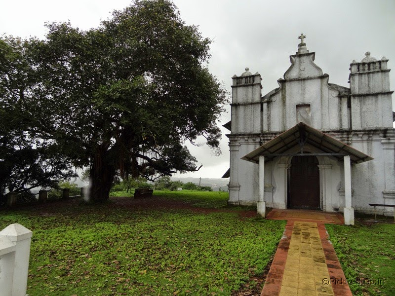 Places to see in Goa - Three Kings Church - Pick,Pack,Go