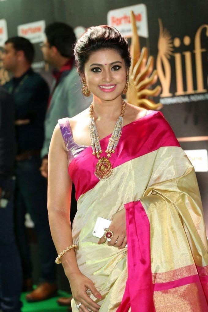 Telugu Actress Sneha At IIFA Awards 2017 In Yellow Saree