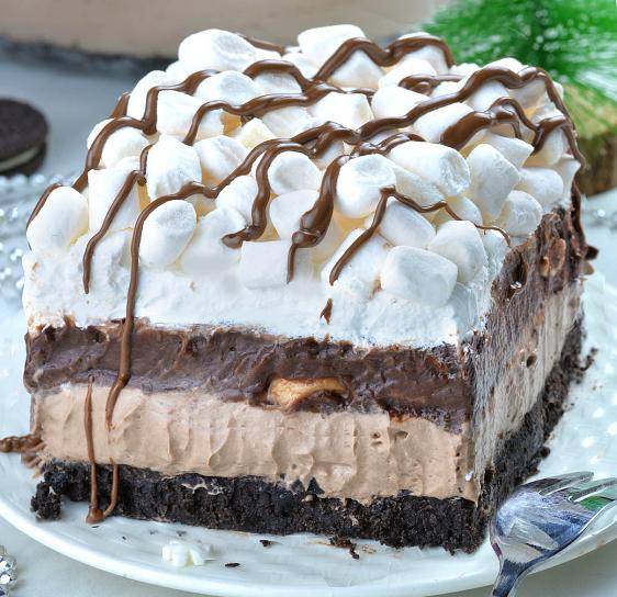 Hot Chocolate Lasagna #cake #delicious