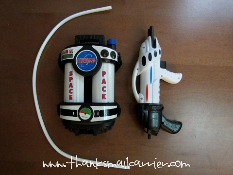 astronaut space pack water blaster - photo #23
