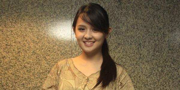 Foto Bugil Mahasiswi Cantik Penuh Pesona Memek Menggoda Pic 10 of 35