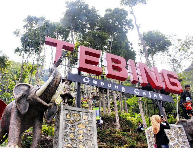 Keindahan Wisata Tebing Gunung Gajah Girimulyo, Kulon Progo