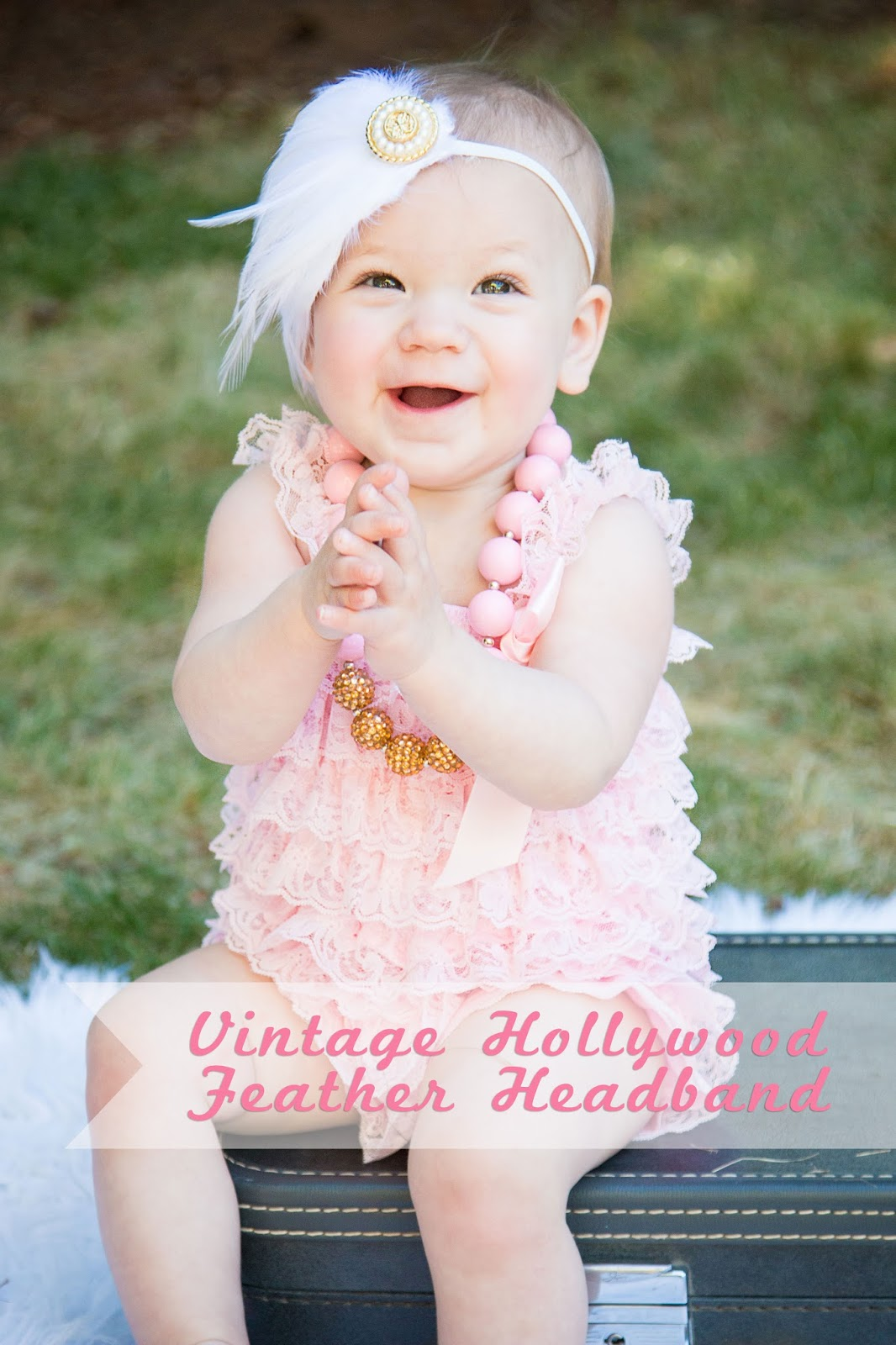 Vintage Hollywood Inspired Feather Headband @craftsavvy @createoften #headband #diy #photoprop #glamping