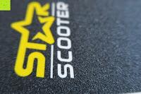 Griptape Logo: STAR-SCOOTER® Premium Freestyle Stuntscooter in stabiler Leichtbauweise ★ Modell 2016 ★ 110mm Semi Professional Edition ★ Weiß (matt) & Blau