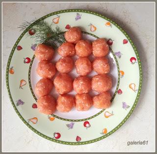 dietetyczne pulpety w sosie warzywnym