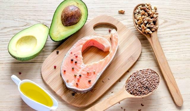La nutrición es crucial para aumentar el tamaño de las piernas