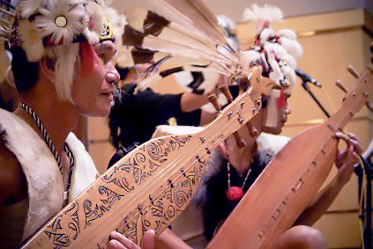 Mengenal Alat Musik Tradisional Suku Dayak
