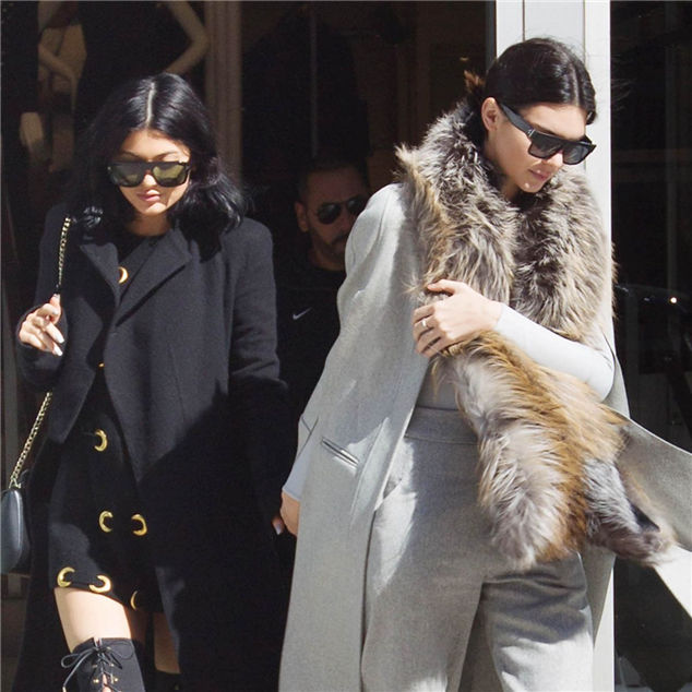 Paparazzi: Kylie Jenner And Kendall