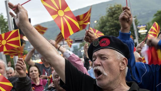 Τα Βαλκάνια φλέγονται και η Ελλάς... απούσα!