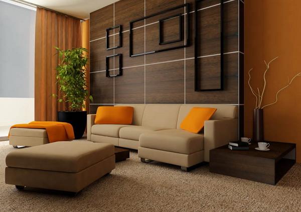 jendela lebar menyediakan tempat dengan sinar matahari alami dan lantai kayu walnut menambah nuansa hangat ke ruang tamu minimalis