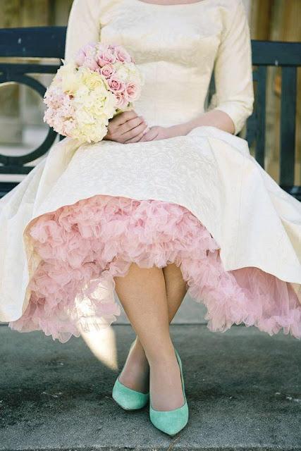 Vestidos cortos para novias muy cucos