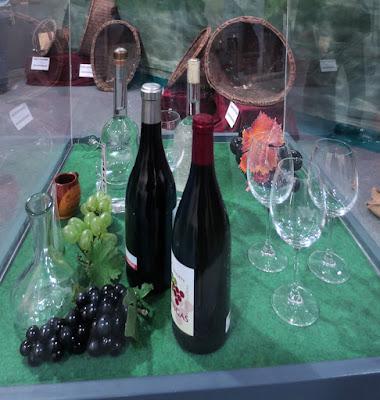 Exposición sobre el vino asturiano