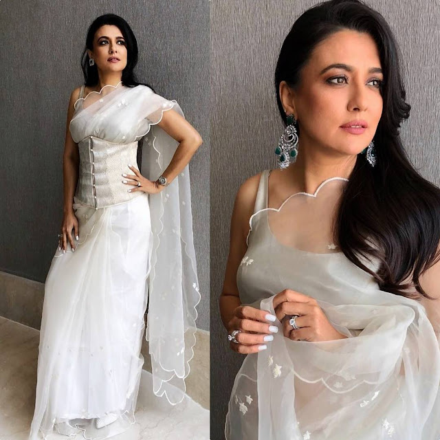 Mini Mathur in Masaba Gupta  sari and Karishma Joolry jewelry