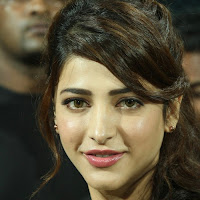 Shruthi haasan at ccl match