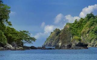 Pantai Sipelot, Malang.