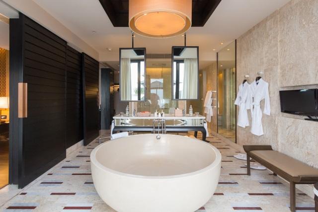 One-Bedroom Villa bathroom at Conrad Koh Samui
