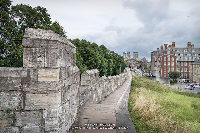 York city walls, walk, map, route, York Minister, distance, guide, tour