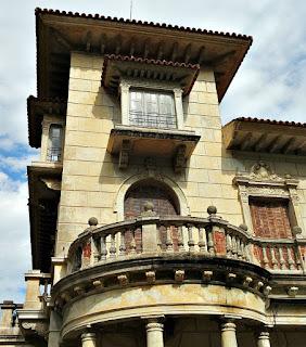 Detalhe do Palacete da Rua Santo Inácio, 295, Porto Alegre