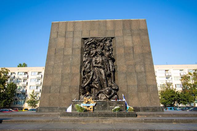 Monumento agli eroi del ghetto e museo Polin-Varsavia