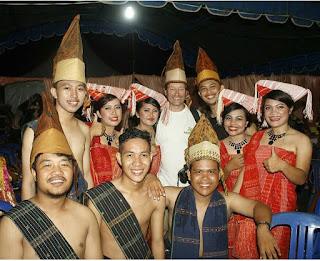 Tortor Simalungun Haroan Bolon Dalam rangka Festival Budaya menyambut Gerhana Matahari Total Palangka Raya
