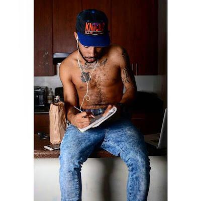 image of Jay L.  A rapper from nashville wearing a knicks hat