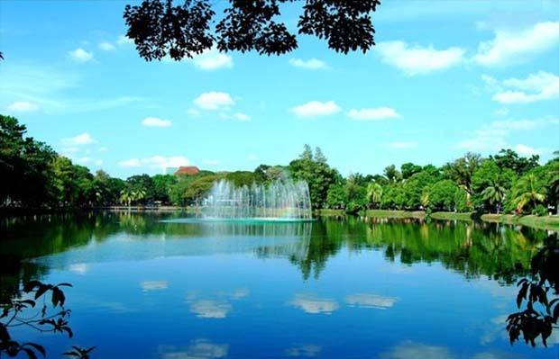 Menikmati Rekreasi Taman Kambang Iwak Palembang