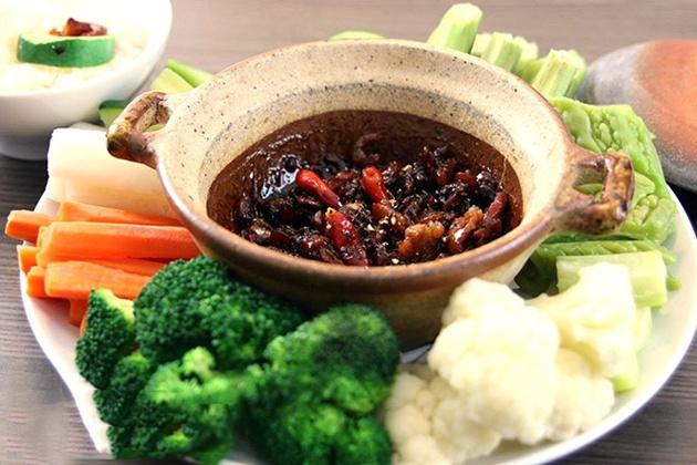 Những món ăn đậm đà chất Việt