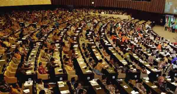 Perbandingan Sistem Pemerintahan Indonesia dengan Negara Lain