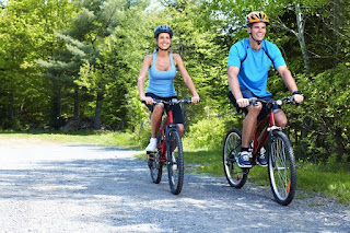 cara menurunkan berat badan dengan bersepeda