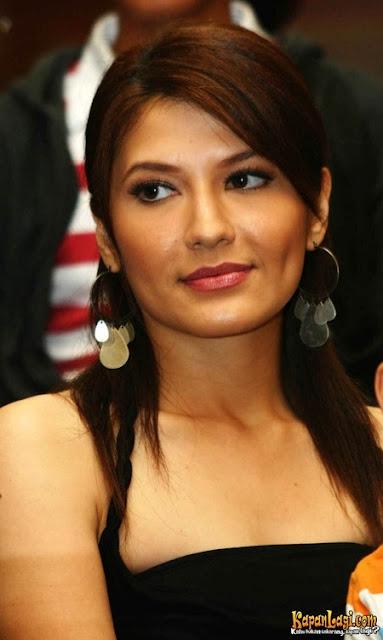 Tamara Bleszynski - Tante Idaman Anak Muda | Vegas IDR