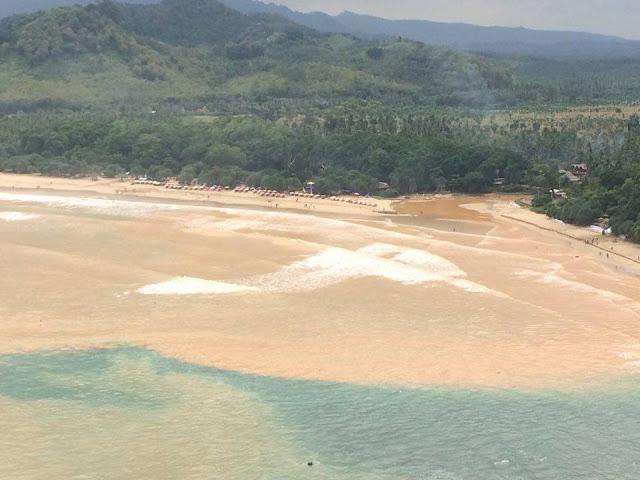 Pantai Pulau Merah pasca banjir bandang.