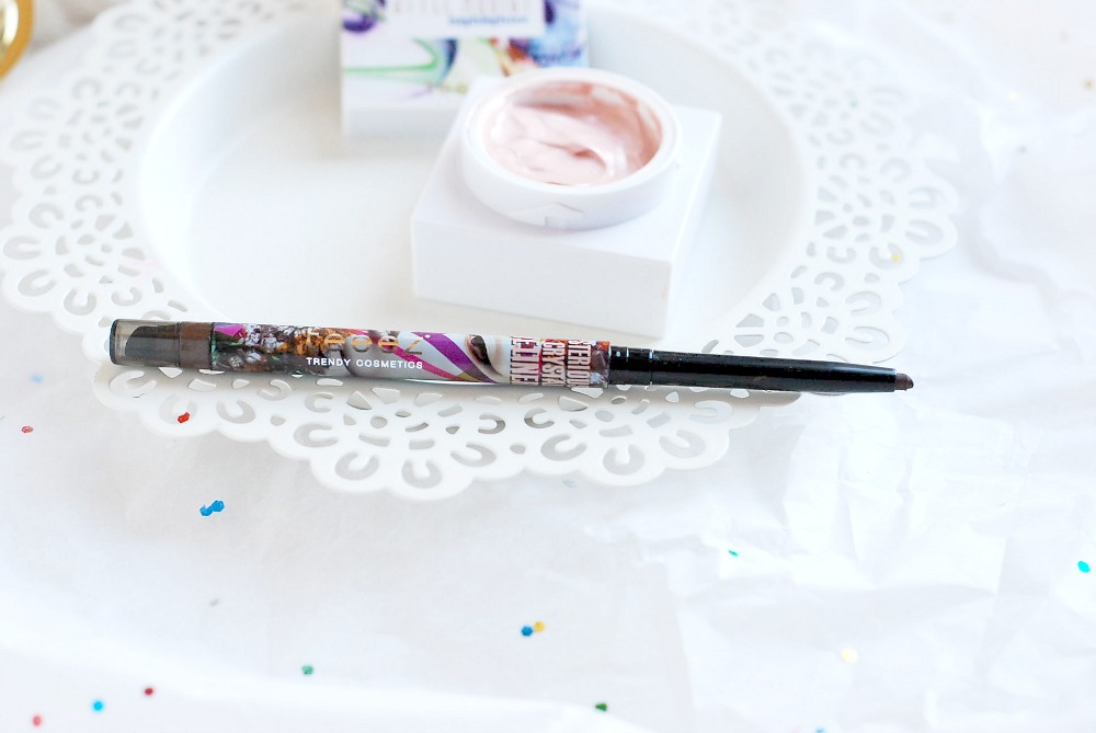 Teeez Cosmetics Mysterious Crystal Eyeliner in Rich Amber review