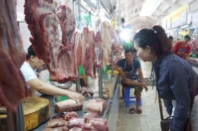 Thịt heo được bày bán tại chợ. Ảnh minh họa