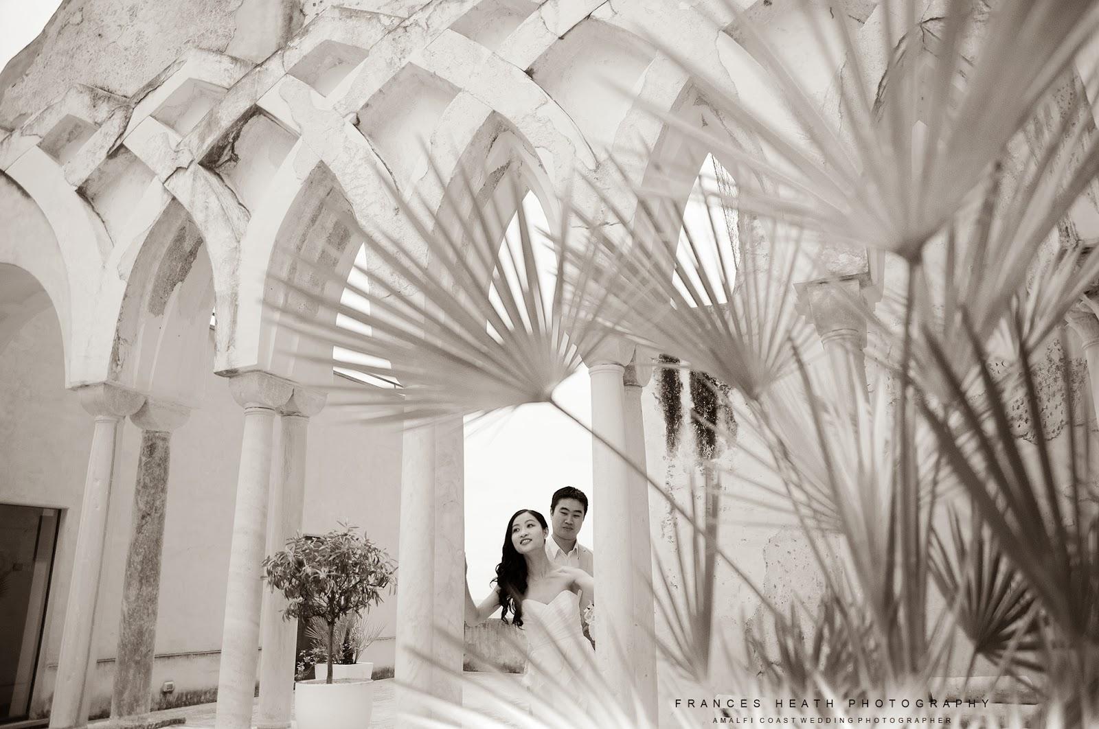 Bride and groom in Amalfi