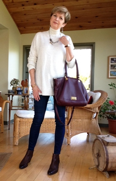 Gap turtleneck, Paige high-rise jeans, Paul Green boots, Marc Jacobs bag