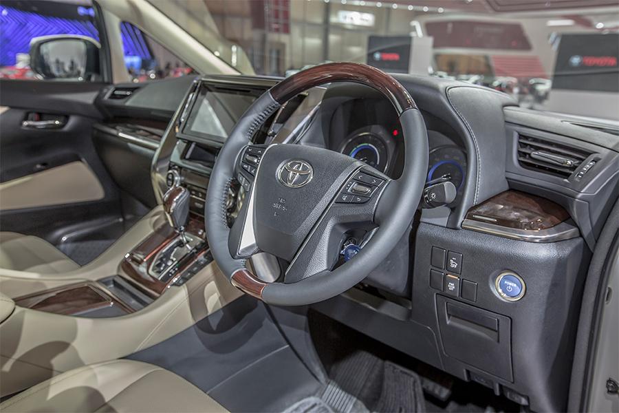 All New Alphard Hybrid Ukuran Ban Grand Avanza Veloz Mengenal Toyota Indonesia Astra Dari Sisi Interior Menggunakan Warna Yang Dimiliki Oleh Tipe 2 5 G Dan X Yaitu Kuning Muda