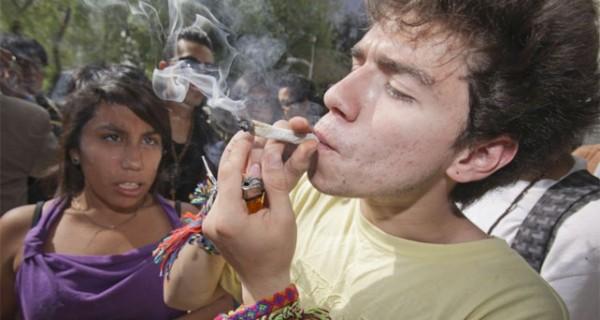 Chaburros piden a la ANC legalizar consumo y venta de drogas como Marihuana en Venezuela