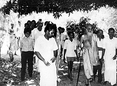Photo's of Swami Chinmayananda Saraswathi, Chinmayananda Photos, Images of Chinmayananda.