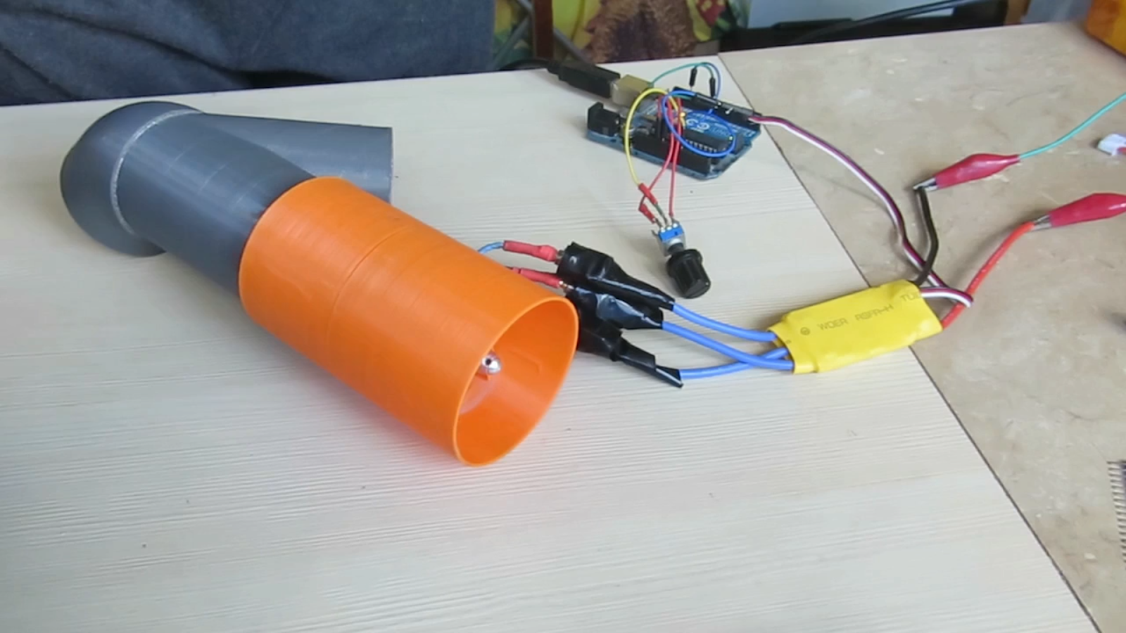 Driving Brushless Dc Motors With Arduino On The Cheap Using Escs For Motor Wiring Circuit Motorcontrol Controlcircuit Rc Vehicles