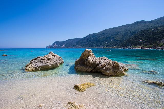 Spiaggia e mare di Agios Nikitas-Lefkada